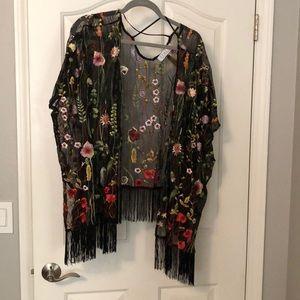 Kimono embroidered